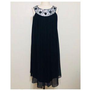 Maggy London//Silk chiffon embellished dress